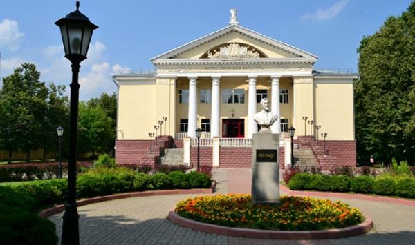 Театр имени Чехова в Истре