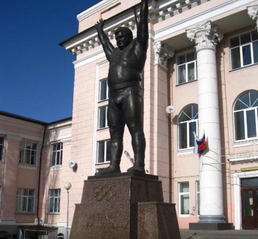 Памятник Василию Алексееву
