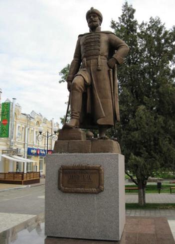 Памятник боярину Шеину