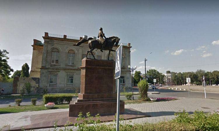 Памятники М.И. Платову
