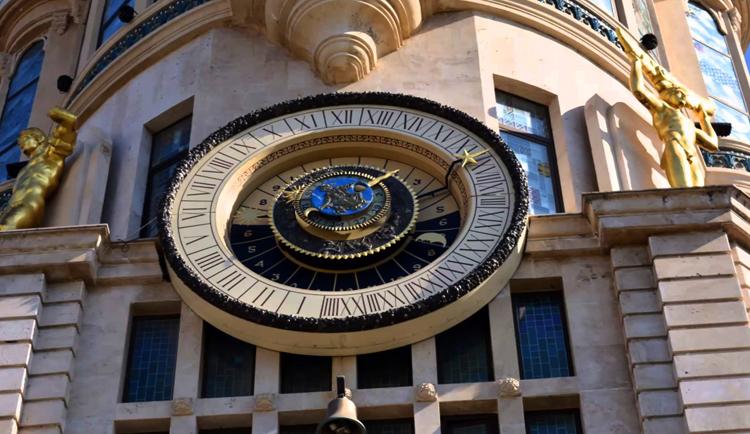 Астрономические часы в Батуми