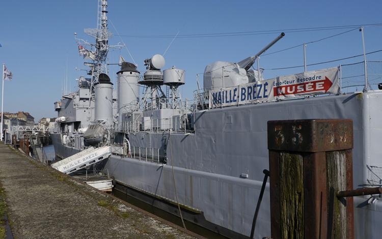 Военно-морской музей Майе-Брезе