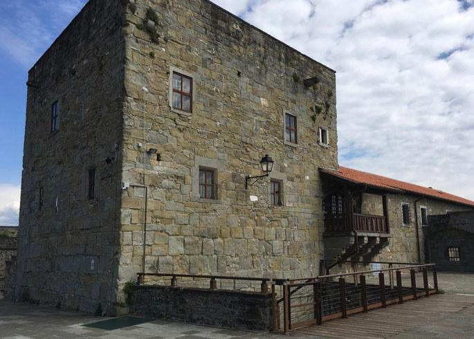 Замок Сан-Джусто