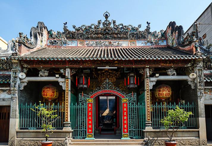 Храм Тхиен Хау