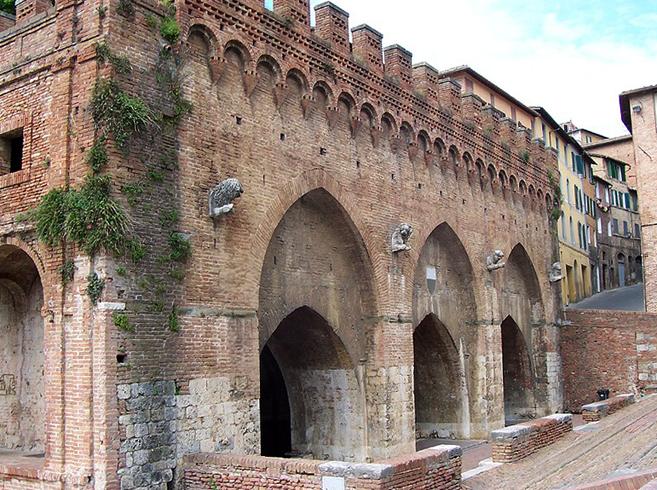 Акведук Фонтебранда