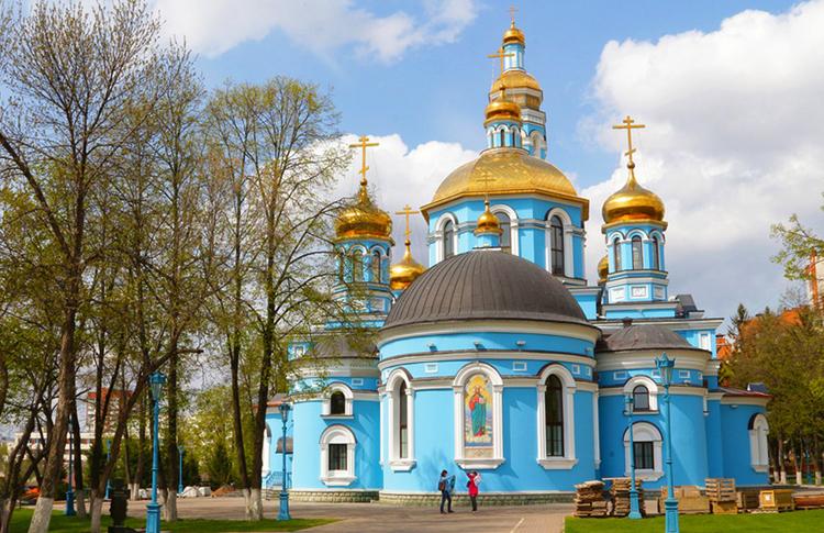 Кафедральный соборный храм Рождества Богородицы