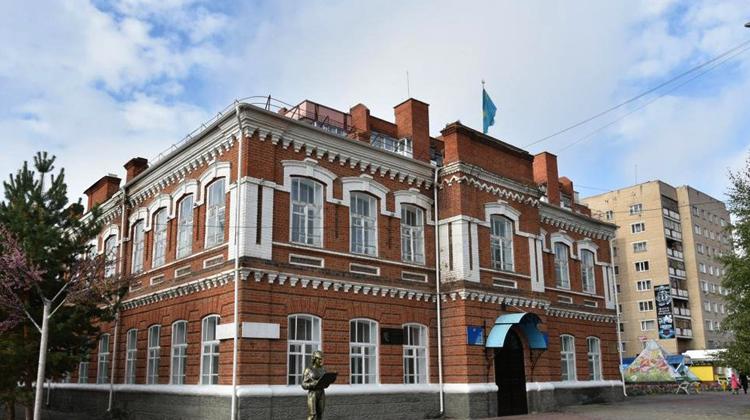 Здание четырехклассного училища