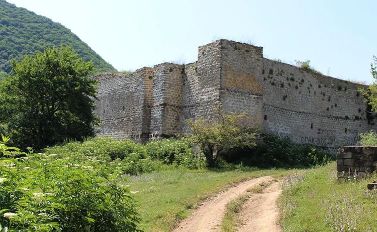 Крепость Семи братьев