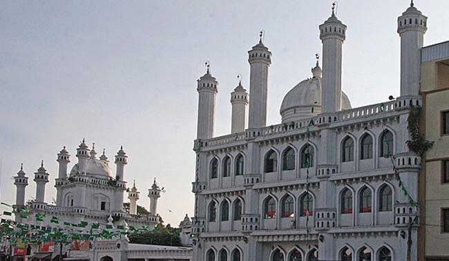 Мусульманская мечеть Dewatagaha Jumma