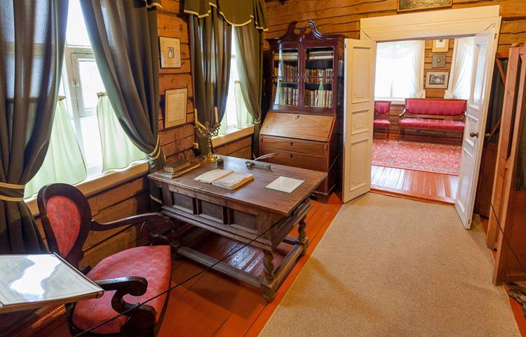 внутри музея Суворова