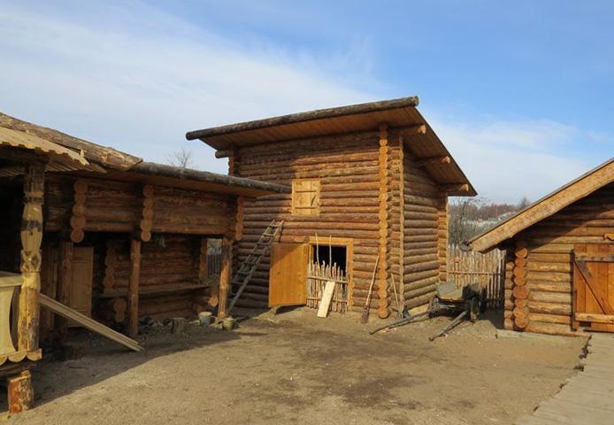 Музей-реконструкция усадьбы средневекового рушанина