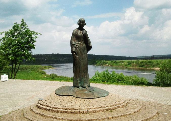 Тарусский памятник М.И. Цветаевой