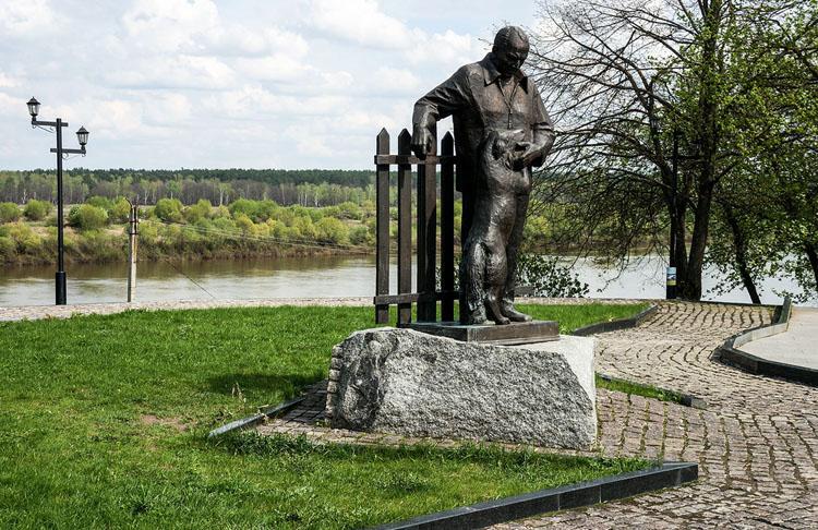 Памятник К.Г. Паустовскому