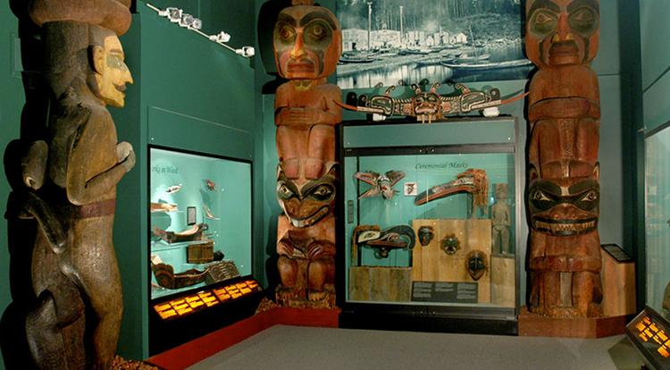 внутри музея Пибоди