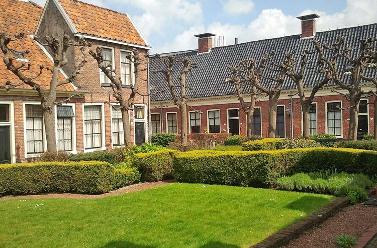 Странноприимные дома Гронингена