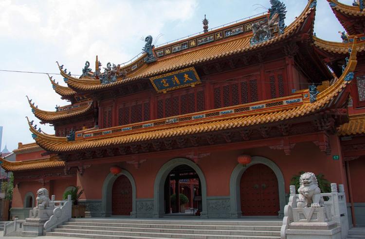 Храм Qinci Yangdian