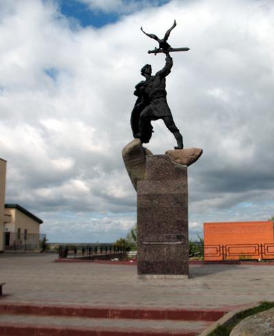 Памятник князю Храброму