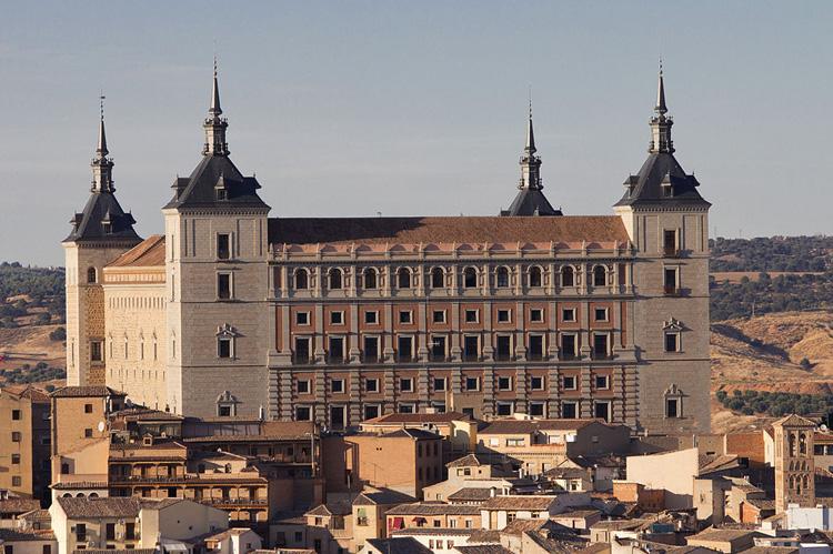 Крепость Алькасар