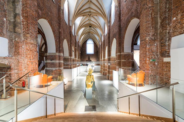 Внутри музея архитектуры
