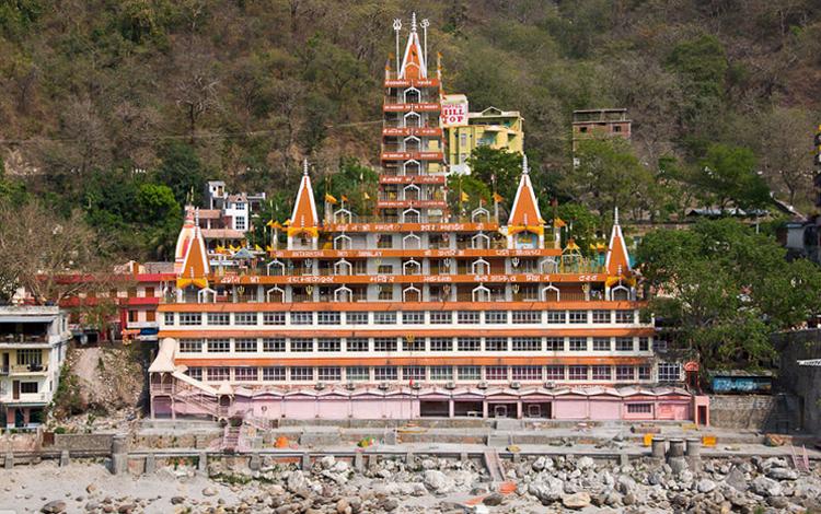 Храм «Шри Траянбакшвар»