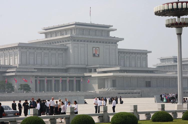 Кымсусанский мемориальный дворец Солнца