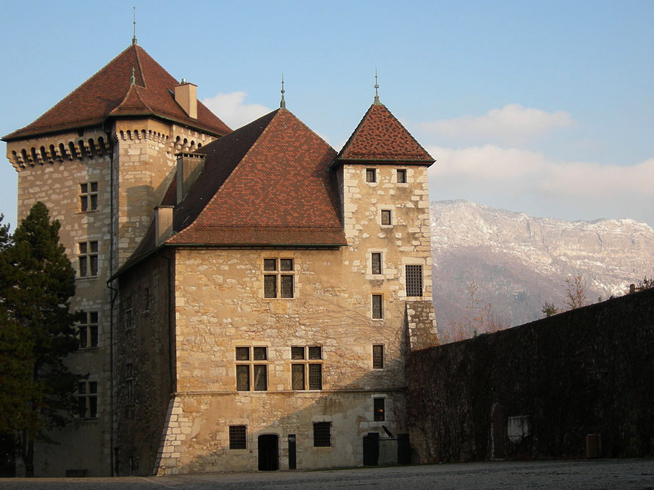 Замок Женевских графов
