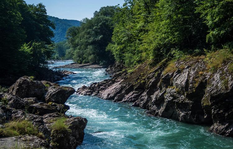 Гранитный каньон на реке Белая
