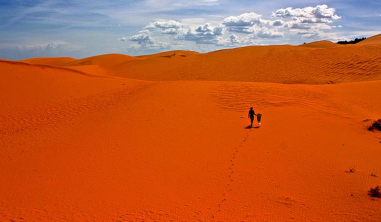 Красные и белые дюны