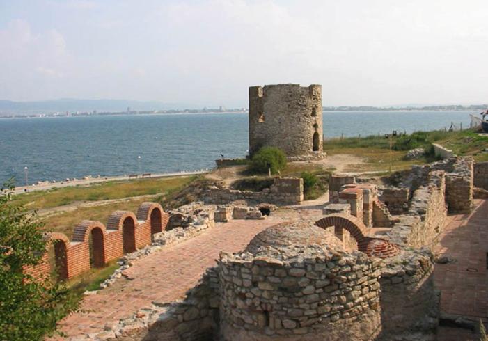 Развалины крепости на Крестовой горе