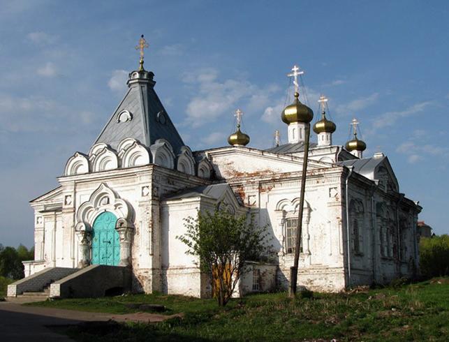 Троицкий собор Мариинского Посада