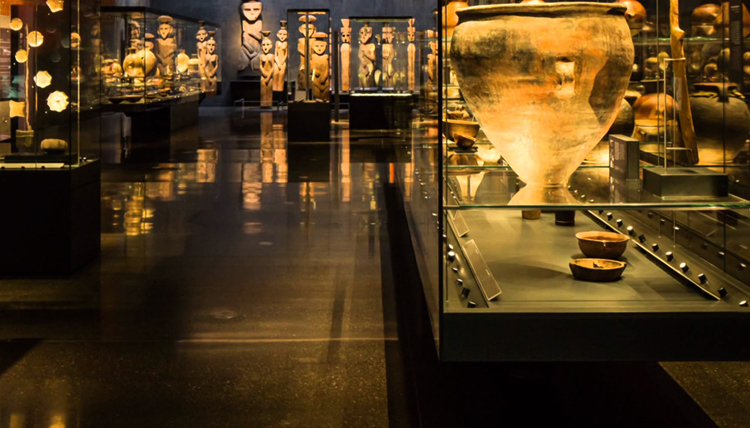 внутри музея доколумбового искусства