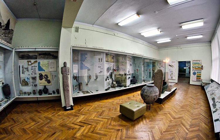 Внутри национального музея Кабардино-Балкарской республики