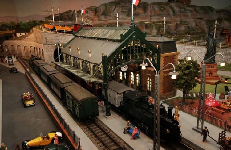 Музей игрушек и моделей поездов