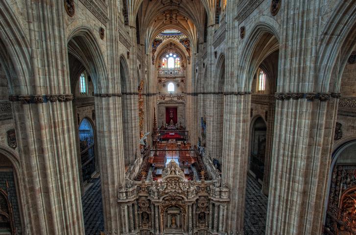 Внутри собора Вознесения Богородицы