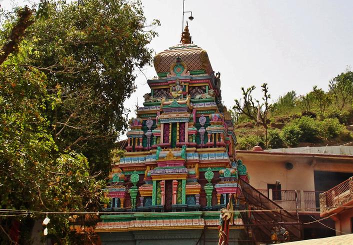 Храм Нилкантх Махадев