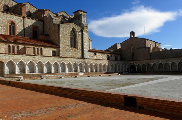 Монастырь Кампо-Санто