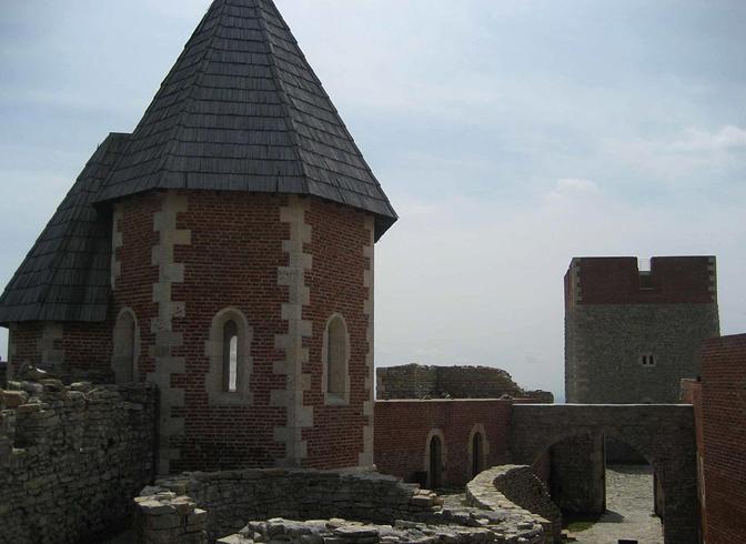 Крепость Медведград
