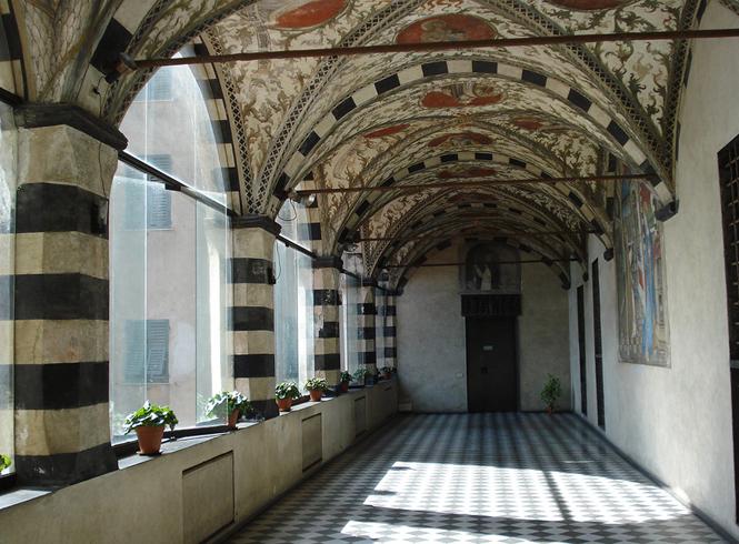 Внутри церкви Санта-Мария-ди-Кастелло