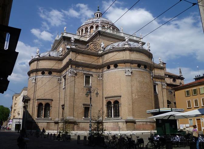 Церковь Санта-Мария-делла-Стекката
