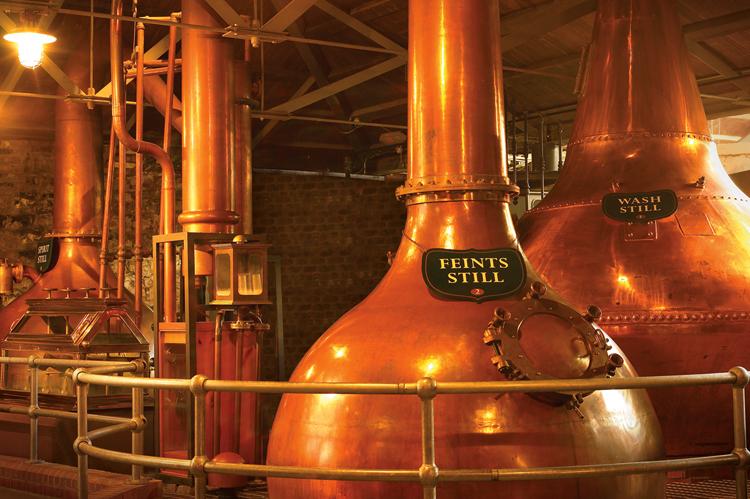Внутри музея Old Jameson Distillery