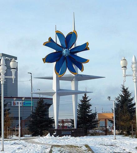 Памятник создателям воздушных винтов