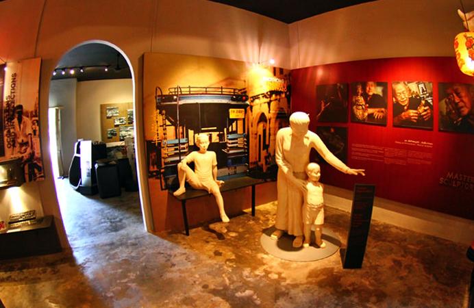 Внутри музея Тай Хуа