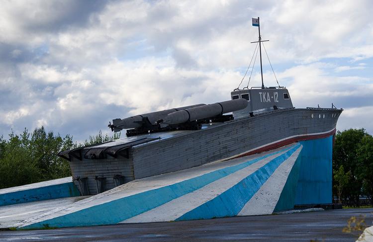 Памятник катеру ТКА-12