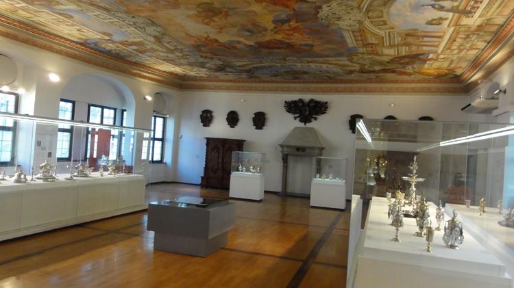 Внутри музея Максимилиана