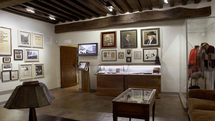 Внутри музея Casa Natale di Toscanini