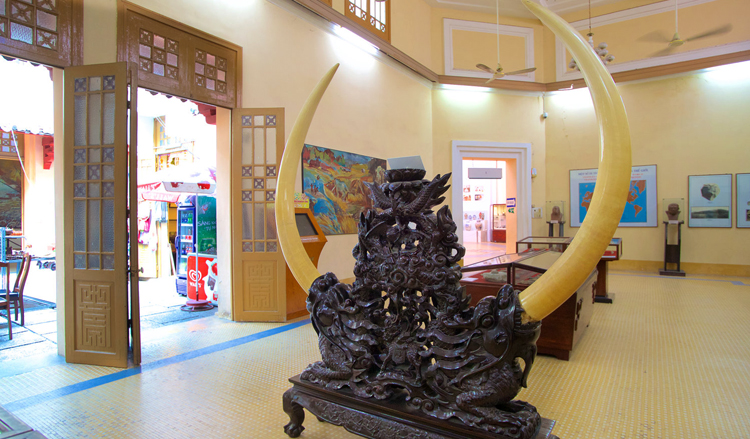 Внутри музея истории