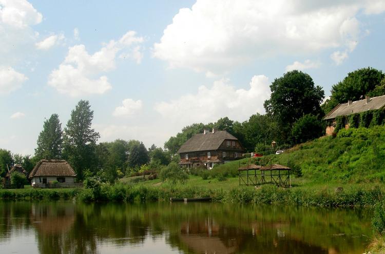 Внутри музея люблинской деревни