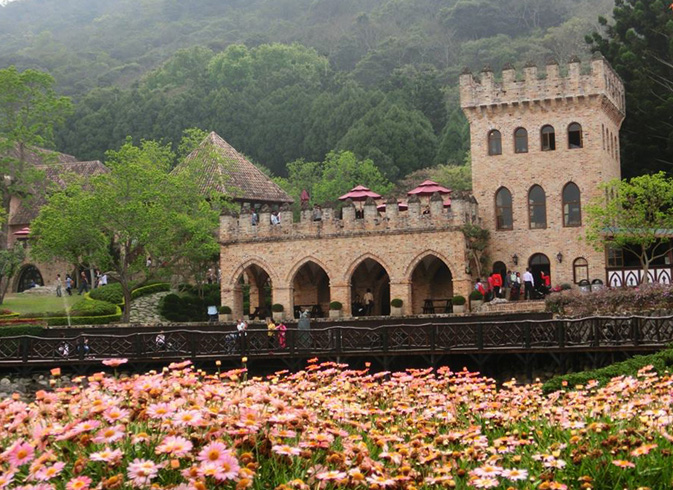 Парк XinShe Castle