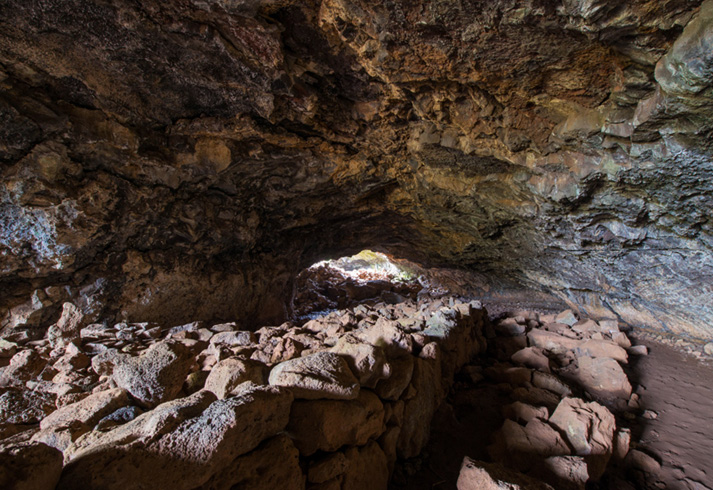 Подземные лабиринты и пещеры
