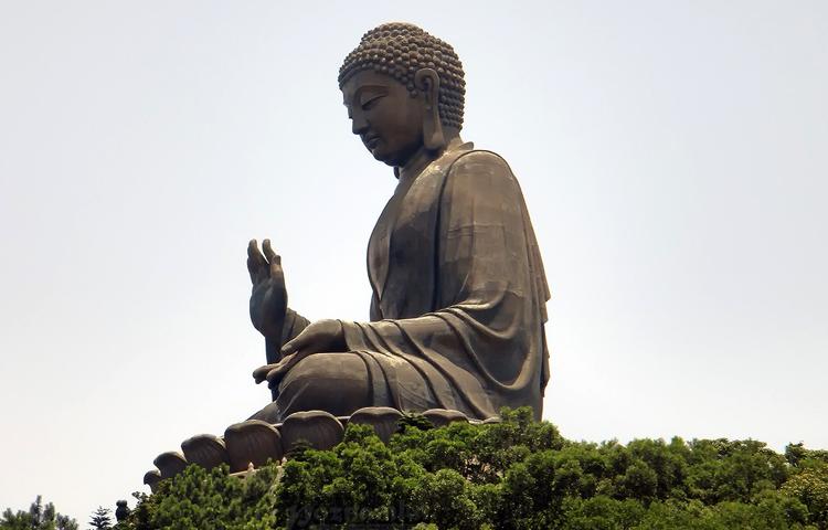 """Статуя """"Большой Будда"""""""
